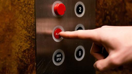Cần hiểu biết để sử dụng thang máy