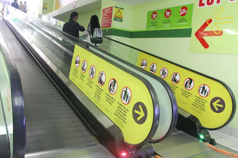 Lắp đặt thang cuốn cho siêu thị