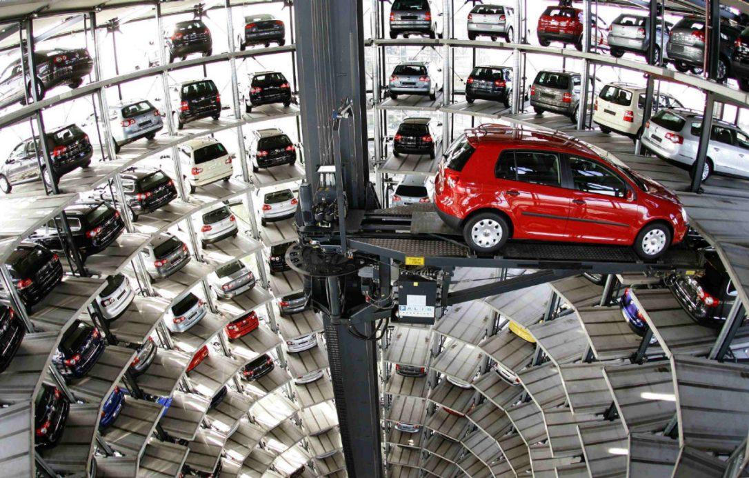 Hệ thống bãi đỗ xe tự lái với thang nâng tự động